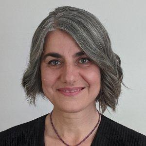 Dr Ivanka Narai